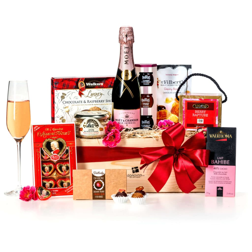 Luxusní dárkový koš Grand Gourmet Moët Rose